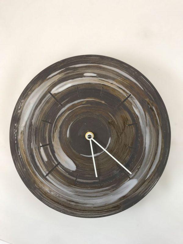 Horloge murale en grès